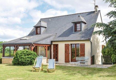 Villa in Céaux, France