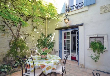 Villa in Caumont-sur-Durance, the South of France