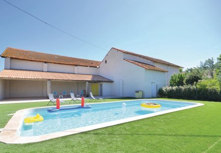 Villa in Sambuc, the South of France