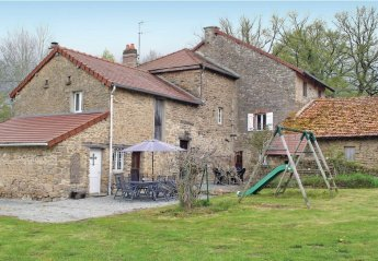Villa in France, Folles: