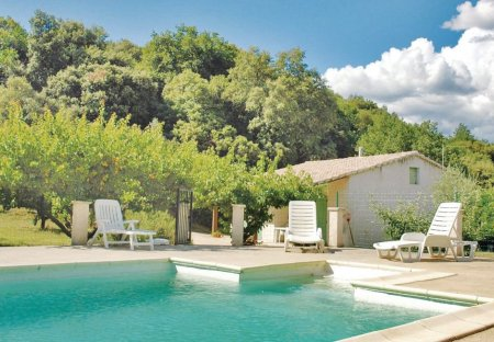 Villa in Saint-Julien-de-Peyrolas, the South of France