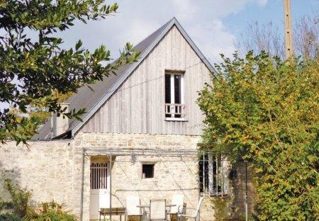 Villa in Saint-Germain-du-Pert, France