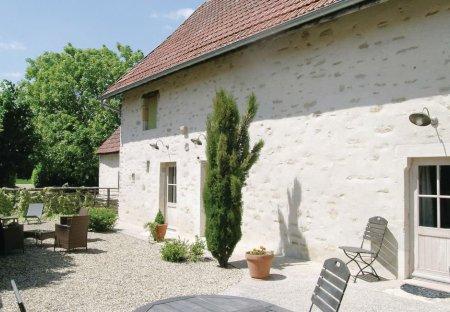 Villa in Ruffey-lès-Beaune, France