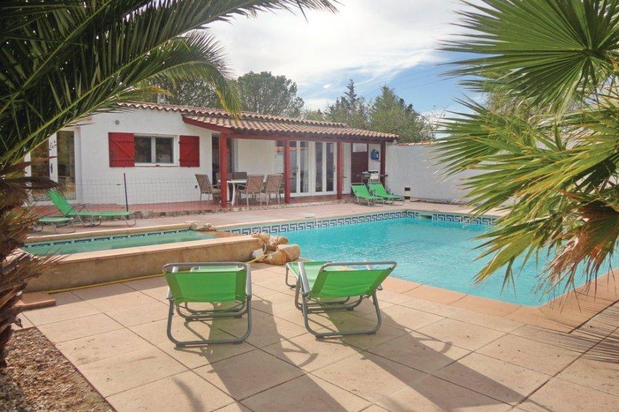 Villa in France, Aspiran
