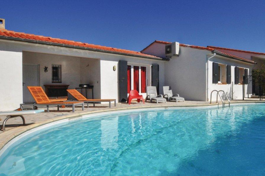 Villa in France, Vinça