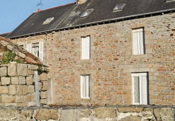 Apartment in France, Paimpol Centre