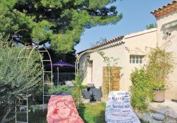Villa in France, Châteauneuf-de-Gadagne