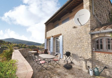 Villa in Vaison-la-Romaine, the South of France