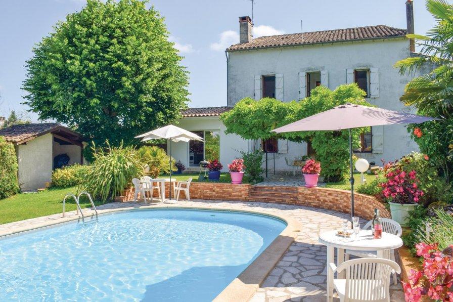 Villa in France, Monségur