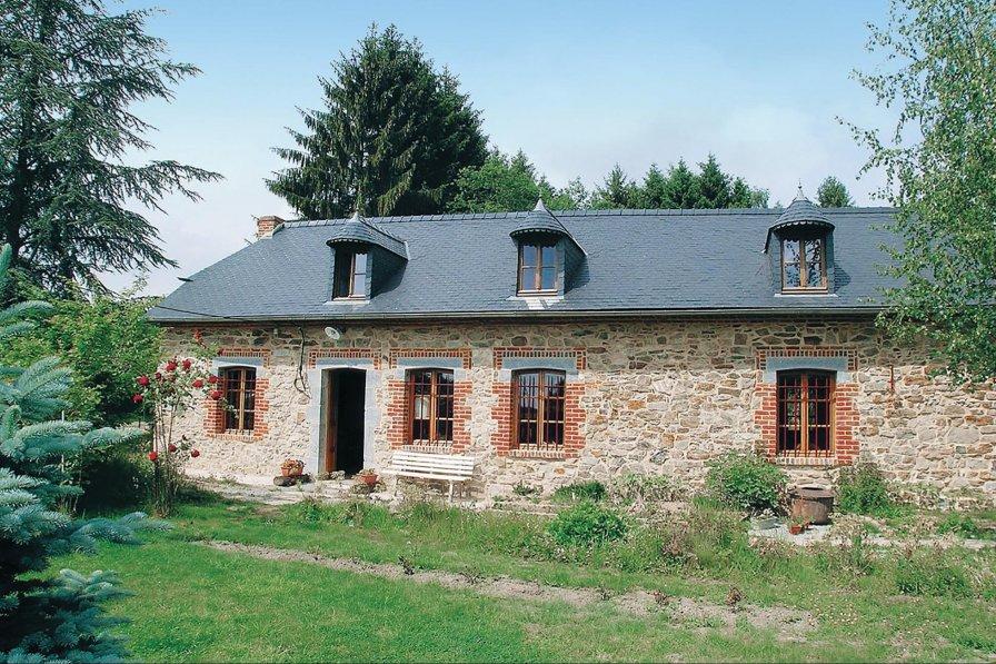 Villa in France, Mondrepuis: