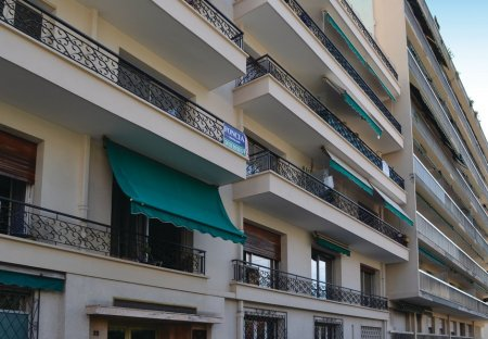 Apartment in Petit-Juas, the South of France