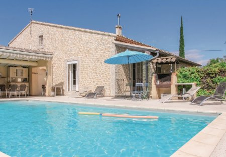 Villa in L'Isle-sur-la-Sorgue, the South of France