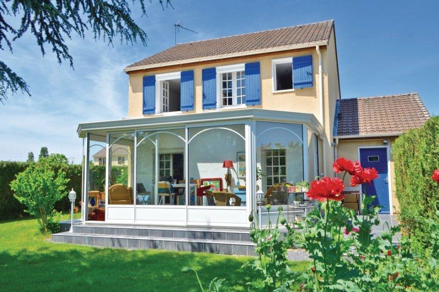 Villa in France, Guichainville