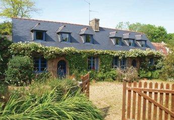 2 bedroom Villa for rent in Perros-Guirec