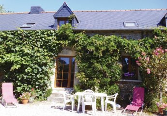 Villa in France, Pluduno