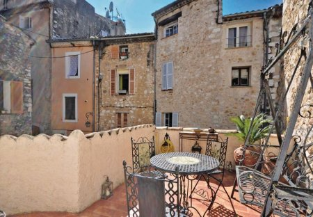 Villa in Saint-Martin, the South of France