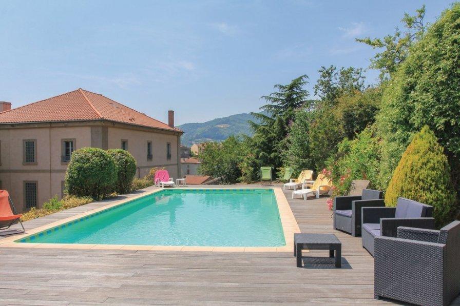 Villa in France, Saint-Félicien