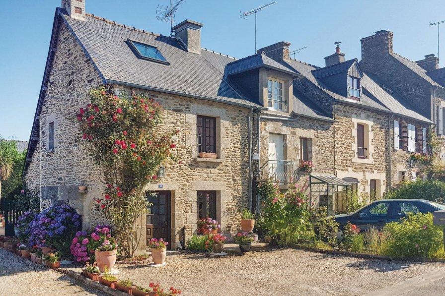 Villa in France, Le Minihic-sur-Rance