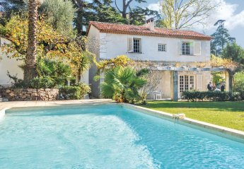 5 bedroom Villa for rent in Cannes