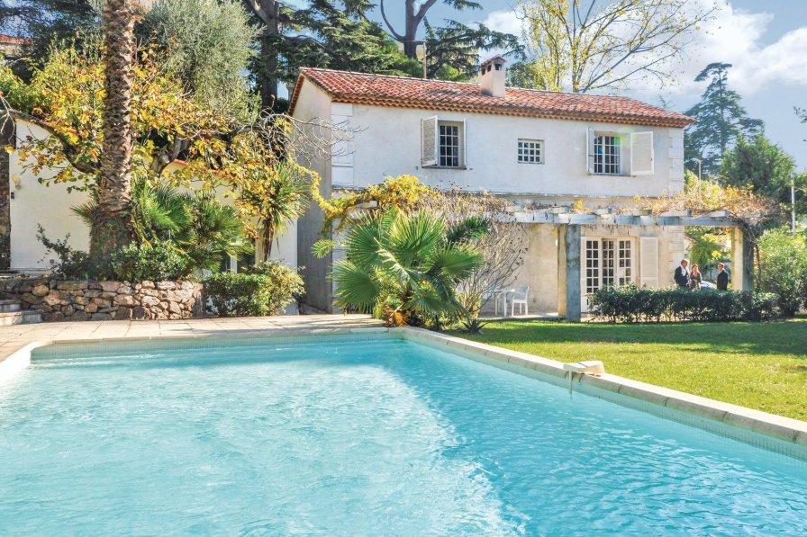 Pierre Longue villa to rent