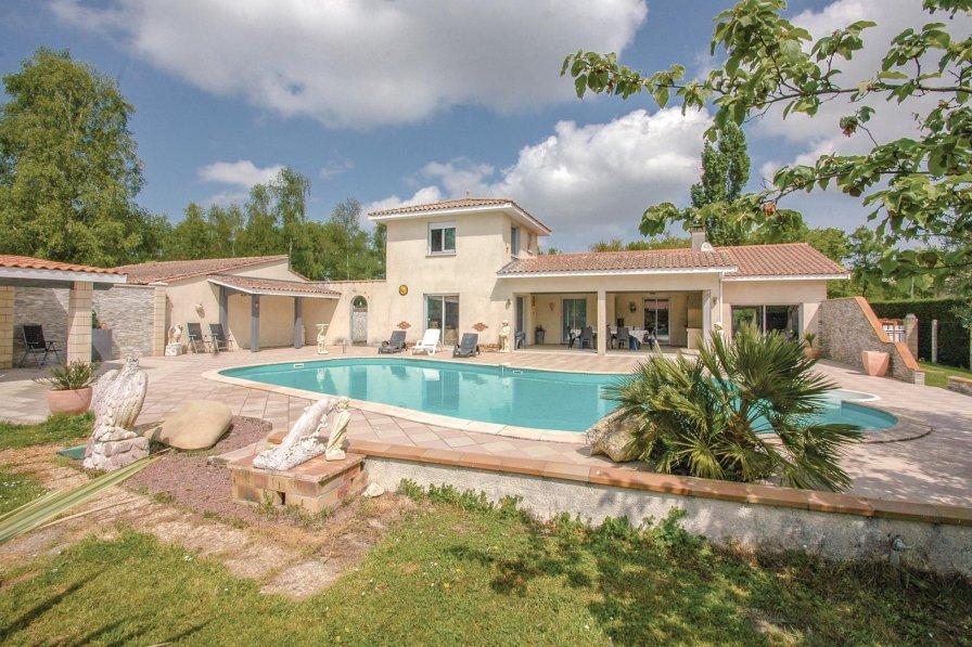 Villa in France, Saint-Vivien-de-Médoc
