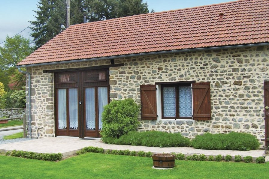 Villa in France, Saint-Dizier-Leyrenne