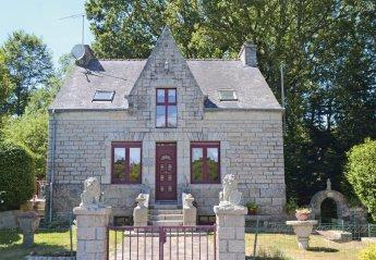 Villa in France, Bignan