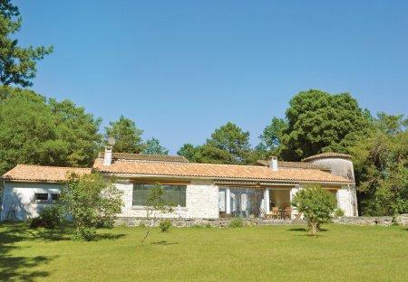 Villa in Sers, France