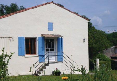 Villa in Dampierre-sur-Boutonne, France