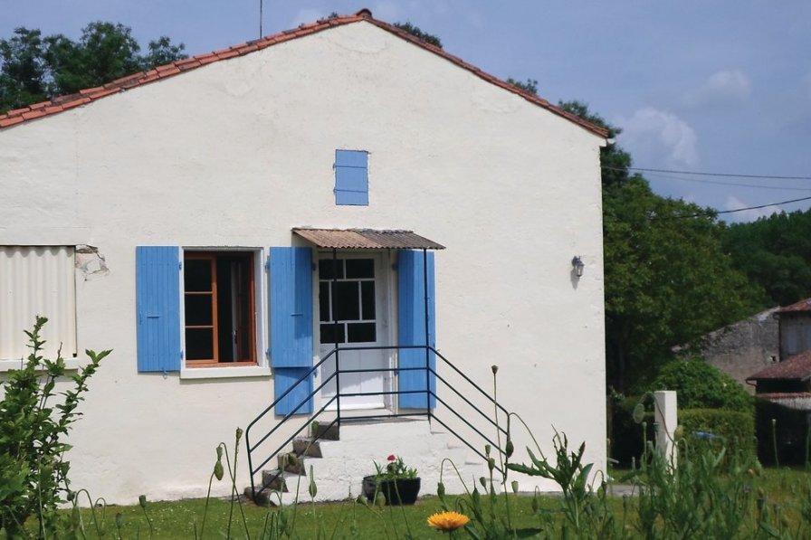 Villa in France, Dampierre-sur-Boutonne