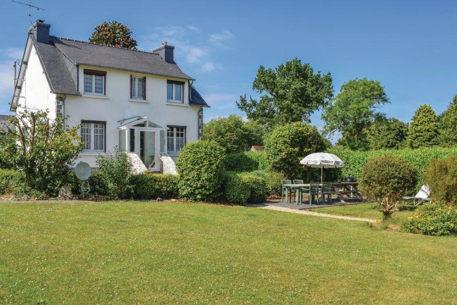 Villa in France, Plouaret