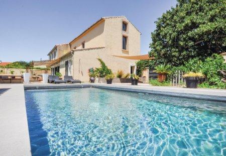 Villa in Horte Neuve, the South of France