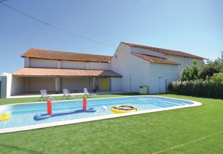 Apartment in Sambuc, the South of France