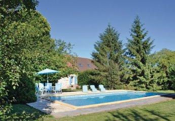 Villa in France, Génis
