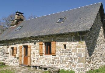 Villa in France, Saint-Hilaire-les-Courbes