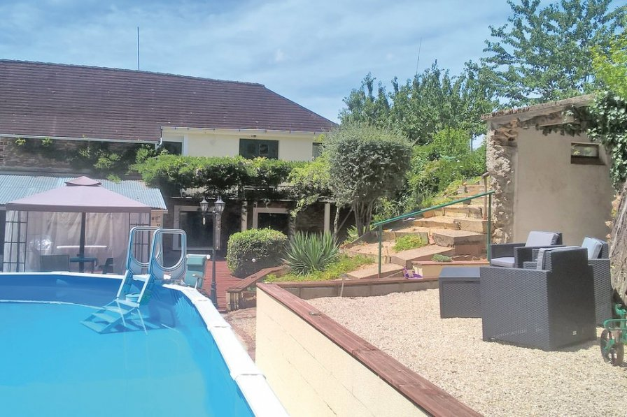 Apartment in France, La Coquille