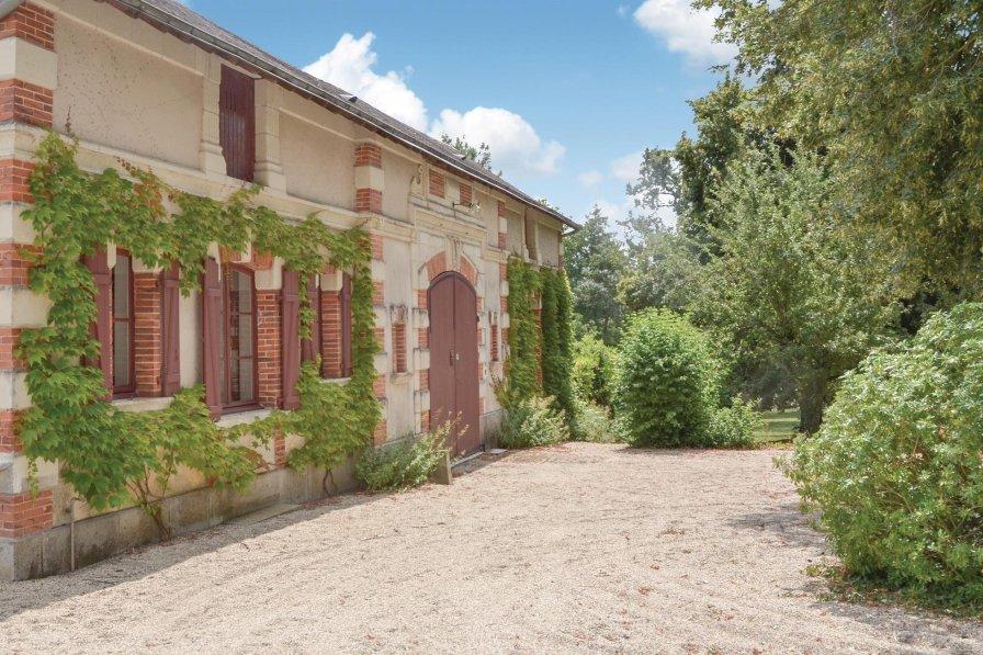 Villa in France, Bouère