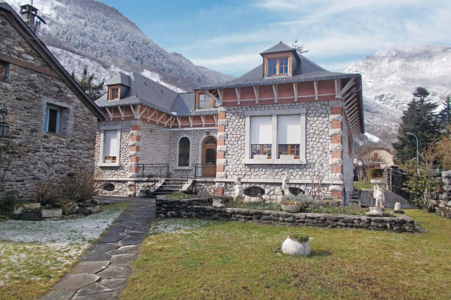 Apartment in France, Laruns
