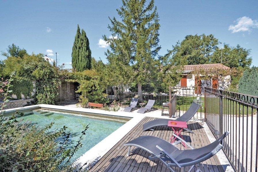 Villa in France, Velleron