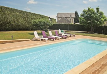 Villa in France, Saint-Mesmin: