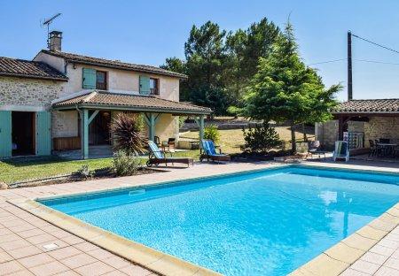Villa in Sainte-Gemme (Gironde), France: