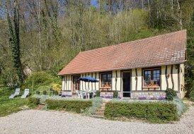 Villa in Saâne-Saint-Just, France