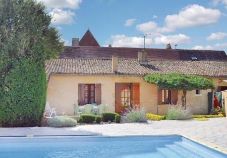 Villa in Saint-Pierre-d'Eyraud, France