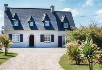 5 bedroom Villa for rent in Brest