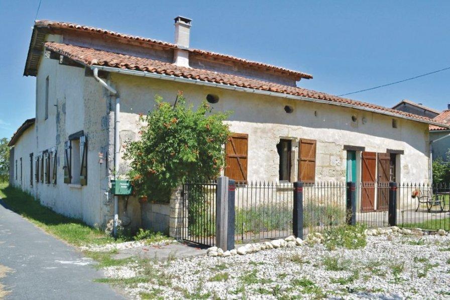 Villa in France, Chassaignes