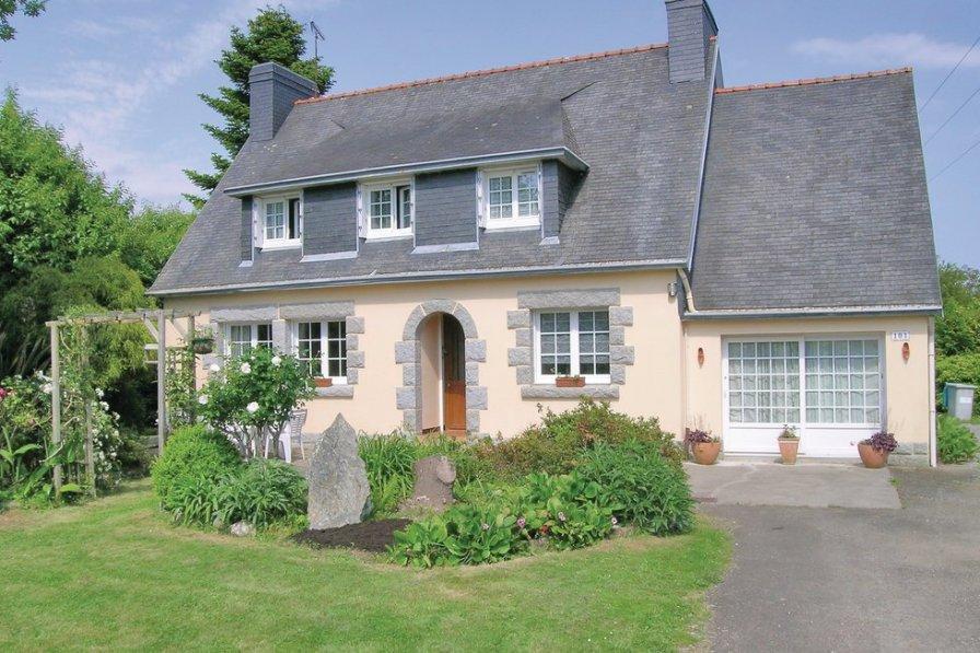 Villa in France, Gouesnach