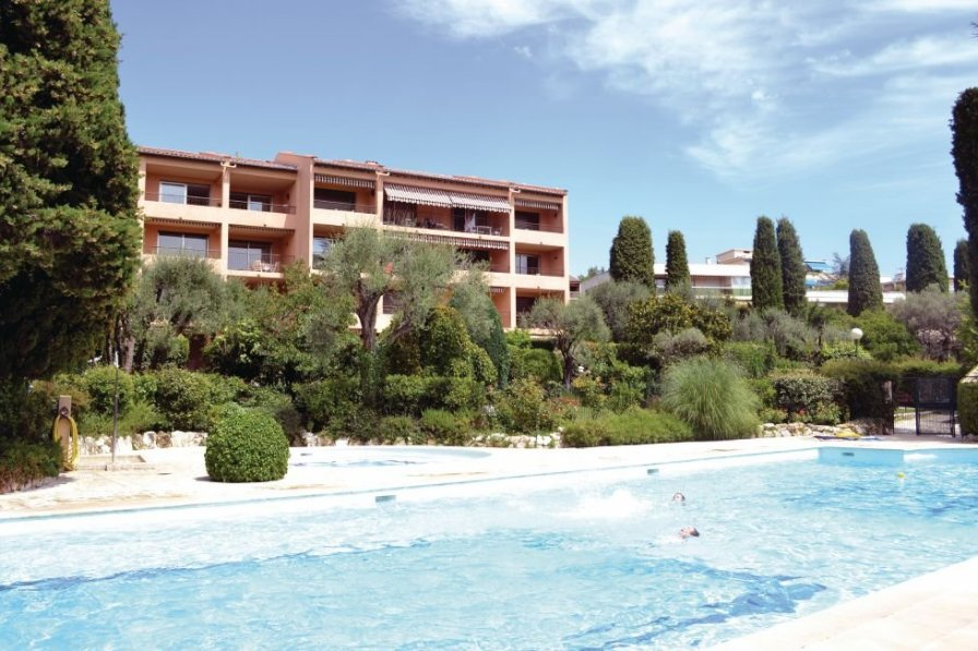Apartment to rent in Vence Centre