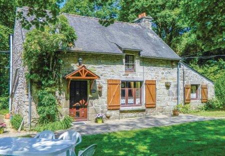 Villa in Guern, France: