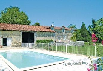 Villa in France, Bors-de-Montmoreau: