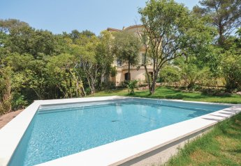 5 bedroom Villa for rent in Saint Raphael